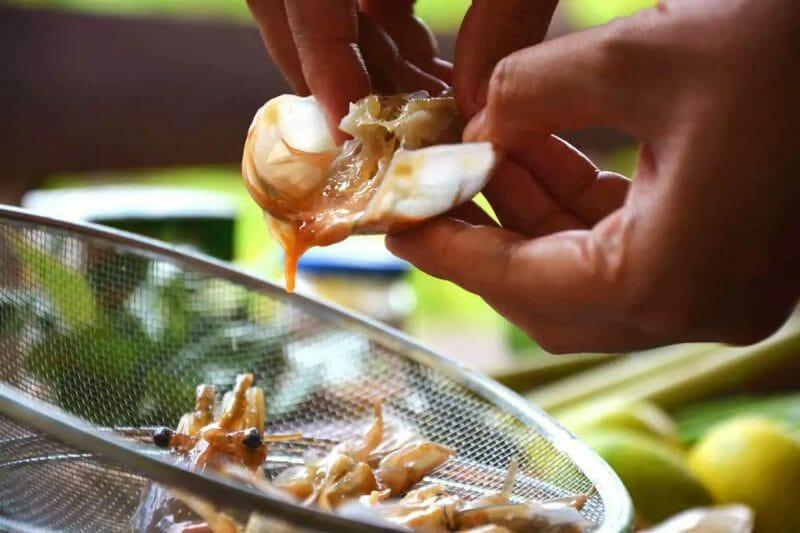 tom yum goong shrimp head special sauce