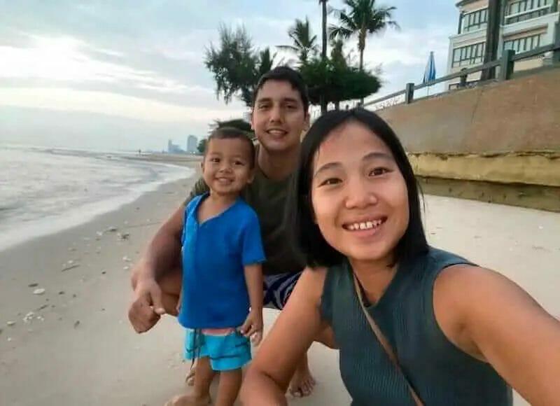 soaking up earthing benefits beach-side