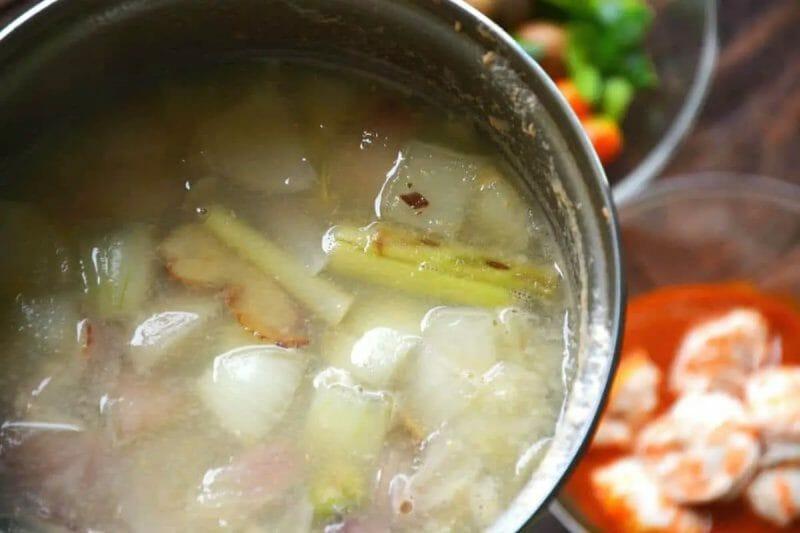 boiled vegetables for tom yum