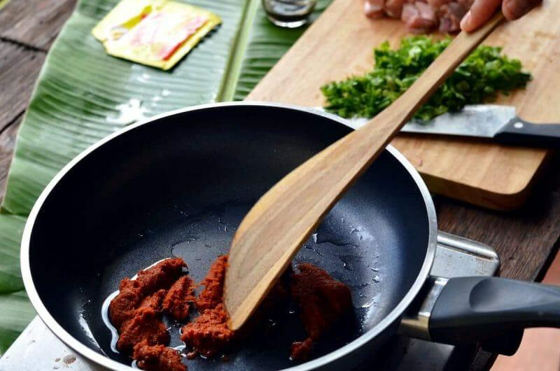 khao soi curry paste